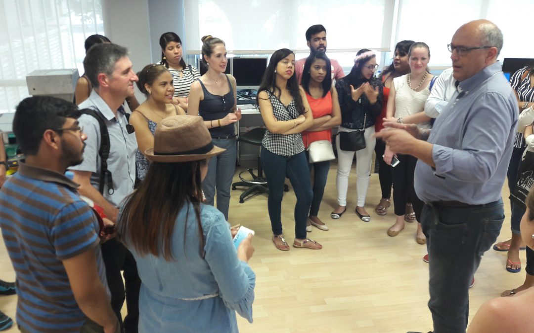 Estudiants del màster internacional de creació i acceleració d'empreses visiten el Ceeilleida