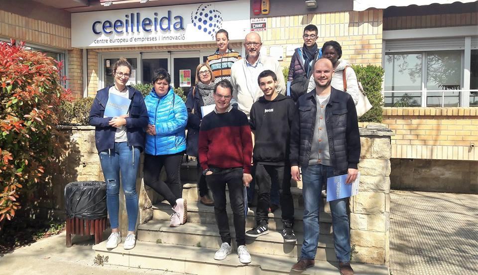 Un grup de joves de la Fundació Ilersis visita el CEEILleida