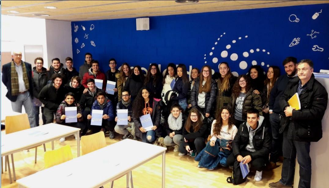 Estudiants de batxillerat de l'IES Lo Pla d'Urgell de Bellpuig visiten el CEEILleida