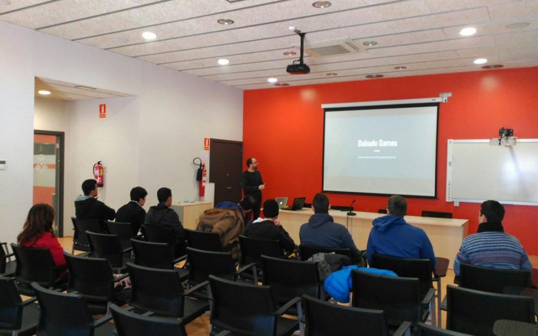 Un grup d'estudiants de l'Institut La Segarra visita el CEI Cervera